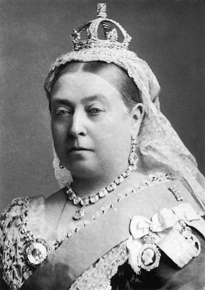 Alexander Bassano — Scanned from the book The National Portrait Gallery History of the Kings and Queens of England by David Williamson, ISBN 1855142287, p. 153. File:Queen Victoria by Bassano.jpg Création : 1 janvier 1887